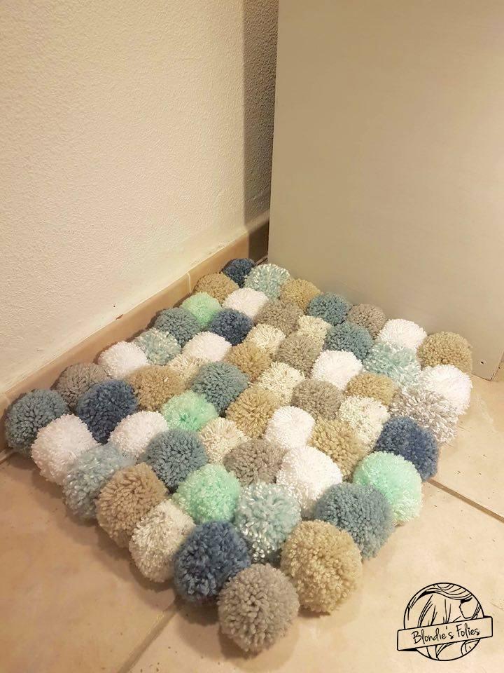 tuto tapis pompons